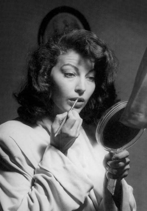 Ava Gardner. Doing lips.