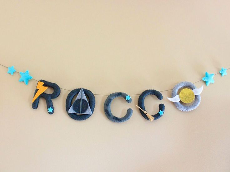 Harry Potter baby, harry potter, harry potter decor, harry potter nursery decor, baby harry potter, harry potter name, felt name by TheHoneyHiveWorkshop on Etsy https://www.etsy.com/ca/listing/532715277/harry-potter-baby-harry-potter-harry