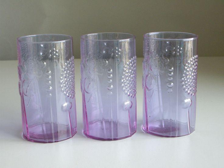 Scandinavian Collectible Glass - Iittala Oiva Toikka Flora Neodymium or Alexandrite Drinking Glasses Nuutajarvi Finland.