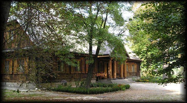 Muzeum Żywej Kultury Staropolskiej - dwór polski, dwory polskie, dworek, dwory