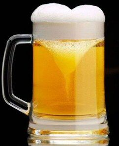 how many men want this gift for valentines day beer with a heart shaped foam