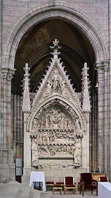 Tombeau de Dagobert dans la basilique St-Denis 13°s - En 622  Dagobert siège au conseil du royaume en étant consulté par son père et ses ministres. En 623, l'évêque de Metz, Arnoul rend comte au roi que les Austrasiens souhaitent leur roi en leur contrée et Dagobert est nommé vice-roi de ce territoire (amputé des régions à l'O des Ardennes et des Vosges ; les vallées de la Haute Meuse, de la Haute Marne, de l'Aisne, de la Champagne)