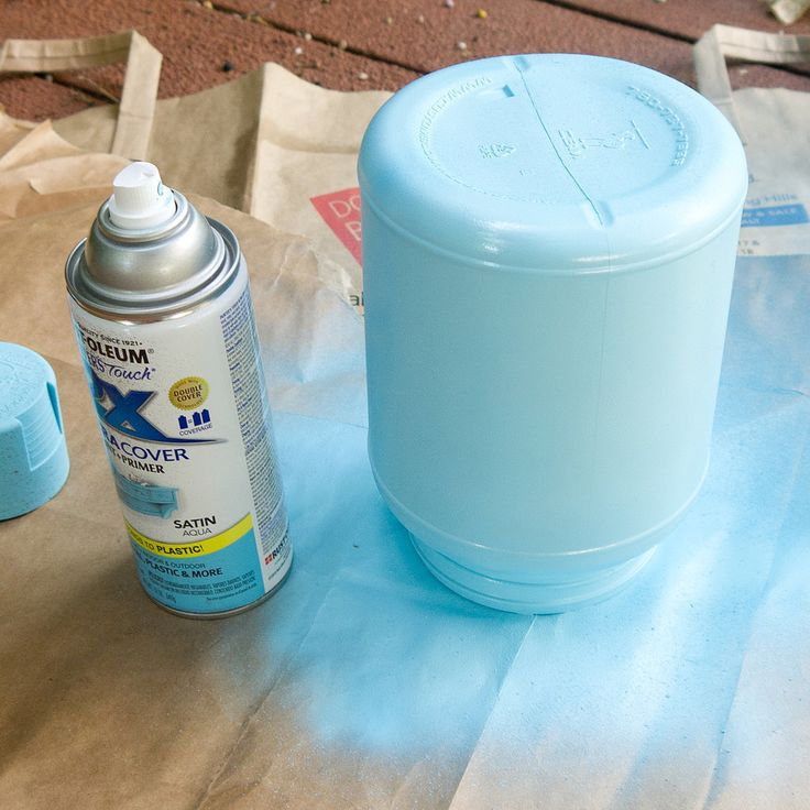 Spray-Painted Plastic Containers | POPSUGAR Smart Living