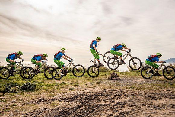 Der Bunny-Hop ist die Königsdisziplin beim Mountainbiken. Unser Fahrtechnik-Exp… – Mountainbike