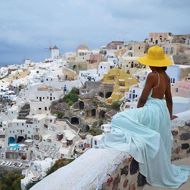Our guest @thatdayiwentaway enjoys the amazing view of #Santorini! #ArtMaisons