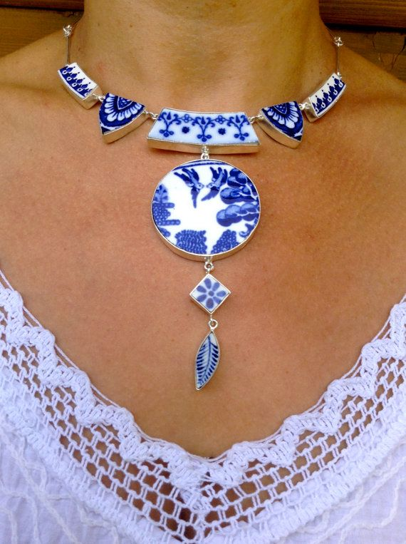 Exquisite Willow Pattern Antique China Necklace