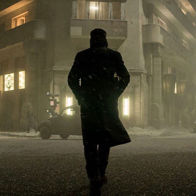Ryan Gosling watched the original 'Blade Runner' as a kid, struck with awe. Now he's playing Special Agent K right alongside its star. But 2049 isn't quite like the 'Blade Runner' of 1982: the sequel is much, much darker, and stands out for its eerie resemblance to our own not-too-distant reality. Read our cover story at the link in our bio. : Photo by Stephen Vaughan | Sony Pictures