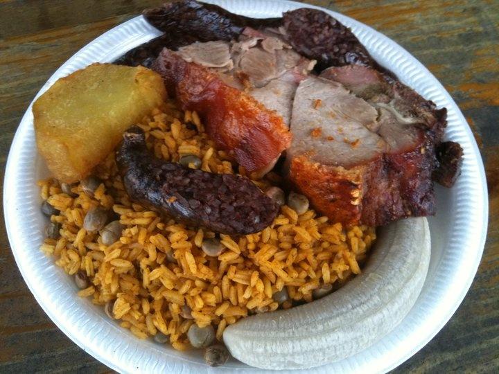 Comida Tipica De Navidad Lechonera Los Compadres San Lorenzo Puerto Rico Recipes To Cook