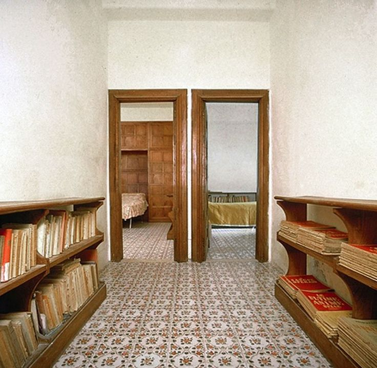 53 migliori immagini architecture casa malaparte su for Casa malaparte interni