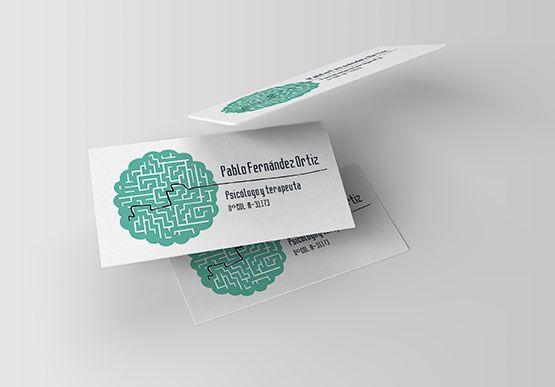 Diseño de tarjetas de visita para Psicología | Hemos basado el diseño general de las tarjetas en una ilustración de un cerebro recreando un laberinto, siendo la salida de ese laberinto el nombre del psicólogo.