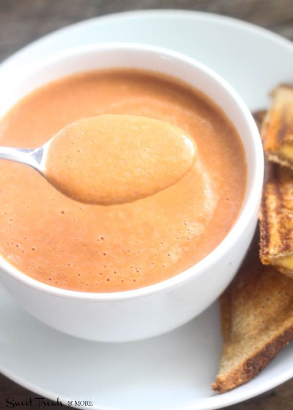 5 Minute Tomato Soup  @Kristy {Sweet Treats & More}