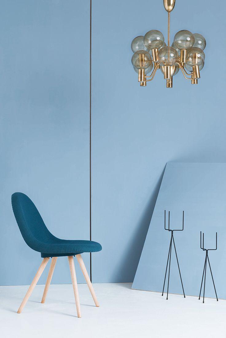 Photo: Kasia Białoń   Furniture: Sylwia Biegaj www.sylwiabiegaj.pl #renovation #furniture #chairs #chair #vertex #jirak #interior #design #midcentury #interiordesign #lamps #polishdesign #upholstery