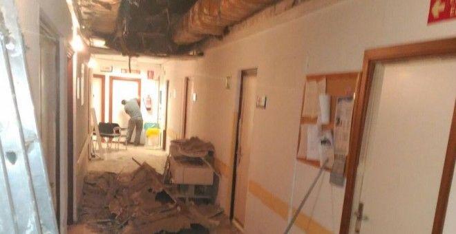 Trabajadores denuncian la caída de un techo en el Hospital 12 de Octubre