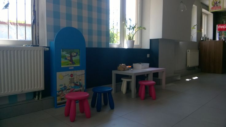 Interactive kids corner in a pizzeria
