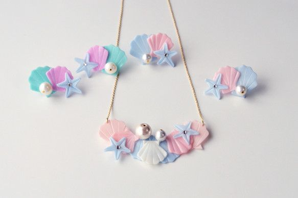 a cloudy dream : SEASIDE NECKLACE BUNCH