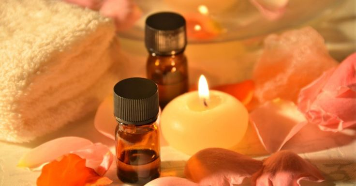 How to use frankincense oil? Frankincense oil acts as a lightening agent to help reduce age spots. Read more on making the age spots less conspicuous.