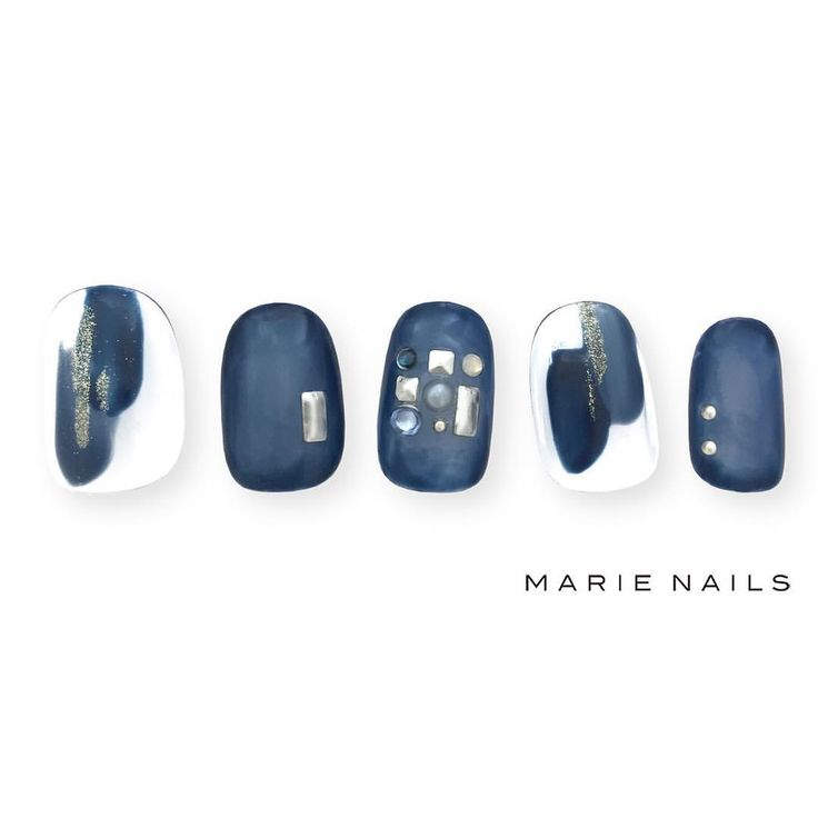 #マリーネイルズ #marienails #ネイルデザイン #かわいい #ネイル #kawaii #kyoto #ジェルネイル#trend #nail #toocute #pretty #nails #ファッション #naildesign #cool #beautiful #nailart #tokyo #fashion #ootd #nailist #ネイリスト #ショートネイル #gelnails #instanails #newnail #blue #mode #silver