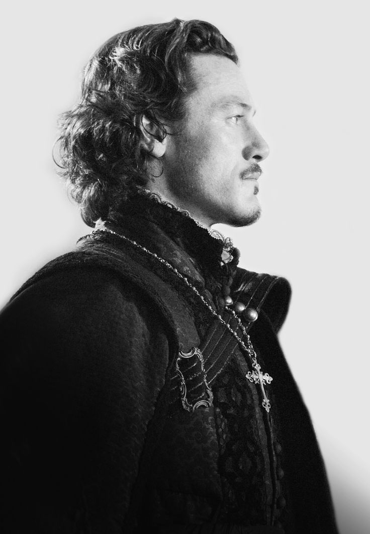 The Three Musketeers ‹ LUKE EVANS Info THUD!