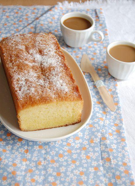 St. Clement's cake / Bolo de São Clemente by Patricia Scarpin, via Flickr