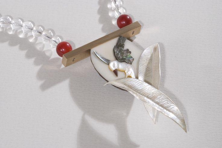 Necklace Hunter