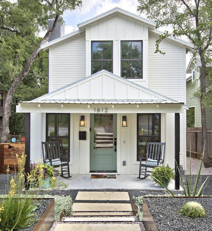 This Two Story Modern Farmhouse In Austin Started Out As A Small Nondescript Modern Farmhouse Exterior Tiny House Plans Small Cottages Modern Farmhouse Plans