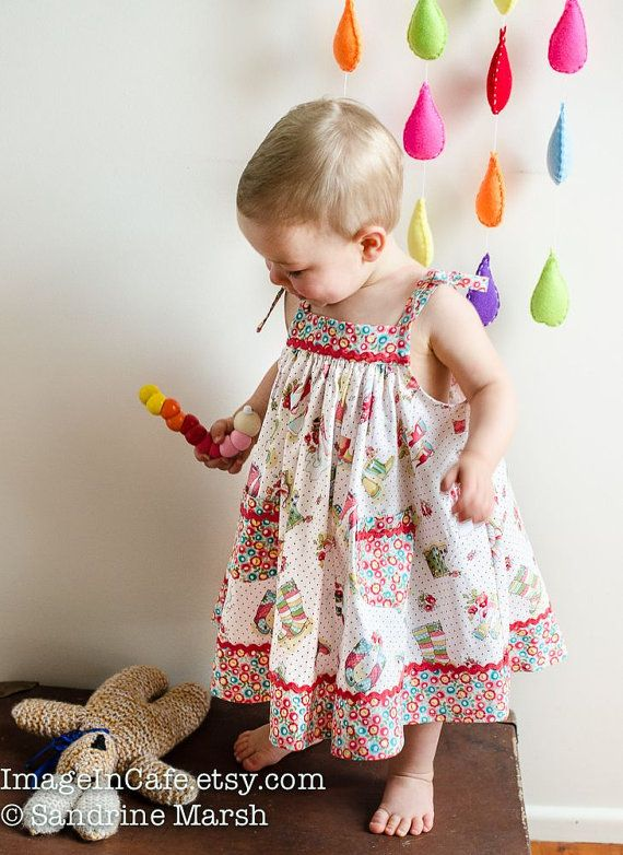 Girls dress sewing pattern Daisy Sundress digital