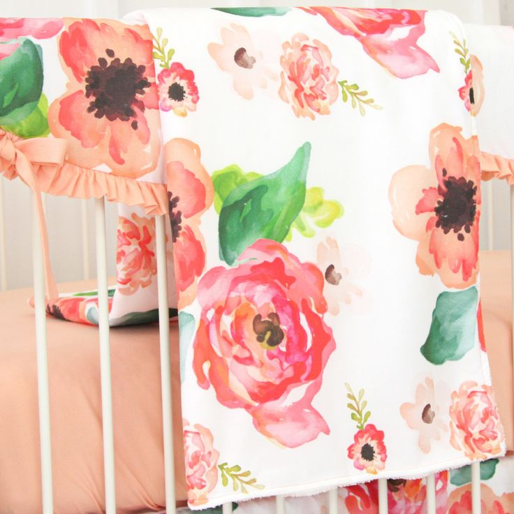 Our Boho Chic Floral baby blanket is oversized and super soft with an adorable floral printed cotton on one side and a soft & cuddly white minky fabric on the other. This stylish baby blanket is perfe