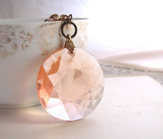 ROSALINE necklace with vintage glass pendant and filigreeColors Blushes Crushes, Favorite Things, Pink Blushes, Coral Peaches Orange, Peaches Crystals, Blushes Peaches, Colors Peaches, Crystals Necklaces, Pretty Peaches