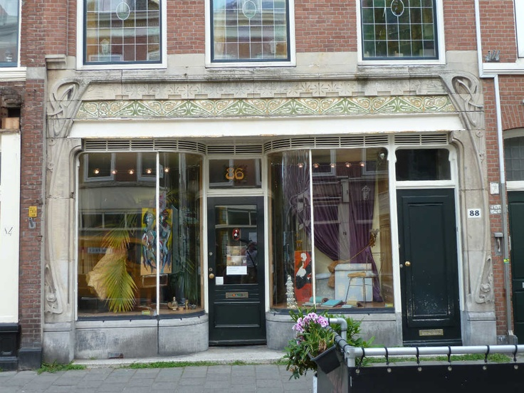 Jugendstil shop front, Piet Heinstraat, The Hague