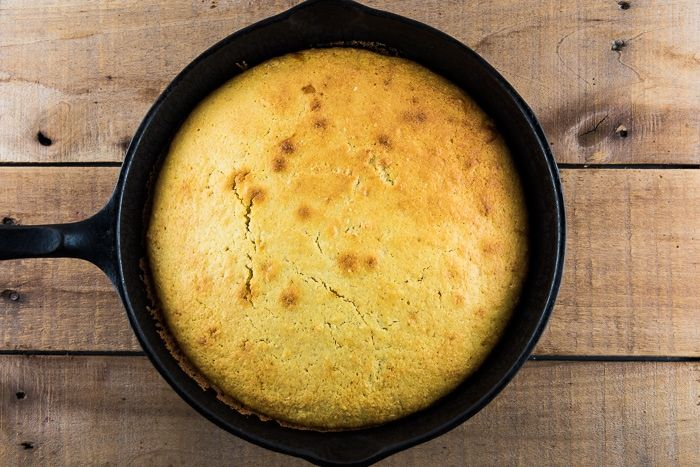 Easy Skillet Cornbread Without Buttermilk Recipe In 2020 Cornbread Easy Skillet Cornbread Cornbread Recipe Sweet