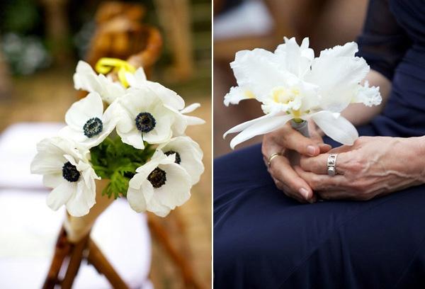 This bouquet makes me smile.