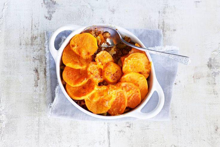 1 juni - Zoete aardappel in de bonus - Kruidig vegetarisch gehakt onder een afdakje van zoete aardappel - Recept - Allerhande