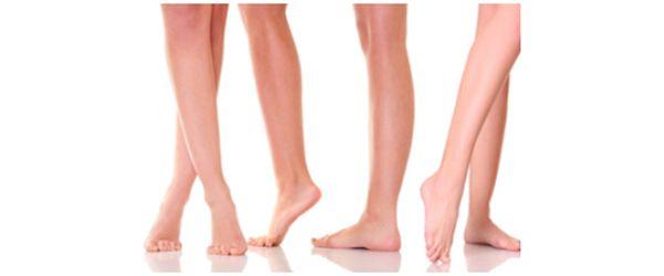 Készíts gyógyfürdőt a visszeres lábaknak