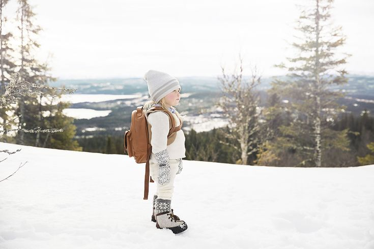 Elodie Details, STROLLER STUFF AW17, Winter beanie - Gilded Grey, BackPackMINI - Chestnut Leather, Mittens - Dots of Fauna