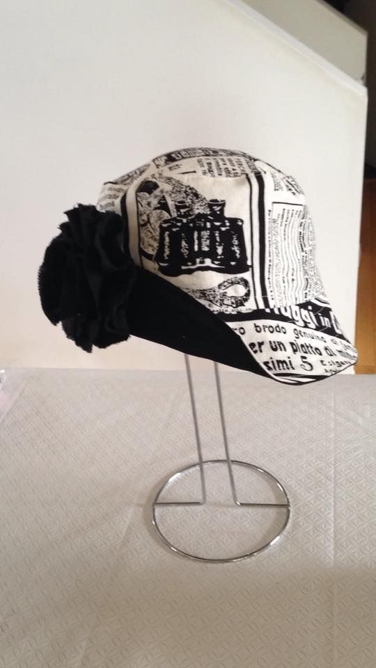 Reversible bucket hat with shabby chic fower