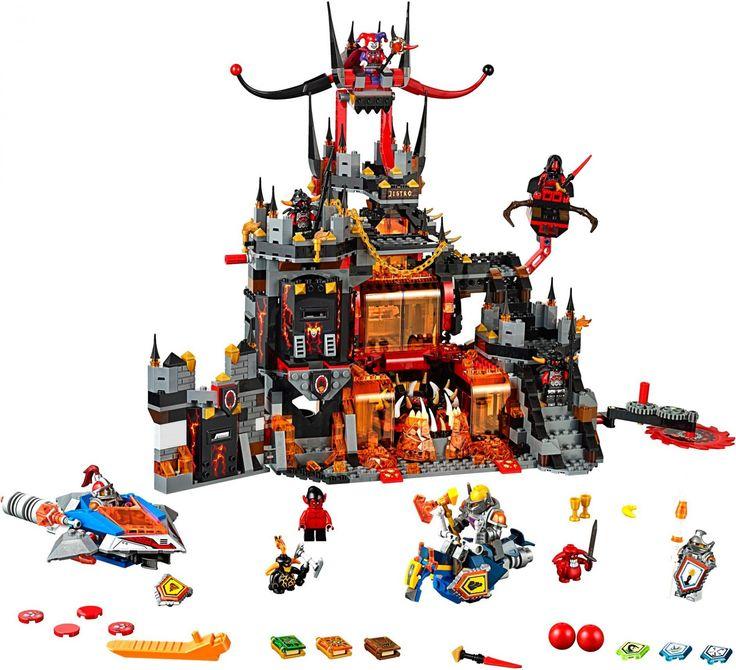 LEGO 70323 Jestro's Vulkaan Kasteel - De ridders vallen binnen in de schuilplaats van Jestro inclusief verborgen valstrikken, woongedeelte, Axl's zweefpaard, Macys luchthamer en 6 schilden die je kunt scannen. Inclusief 10 minifiguren. https://www.olgo.nl/lego-nexo-knights-jestro-s-vulkaanbasis-70323.html