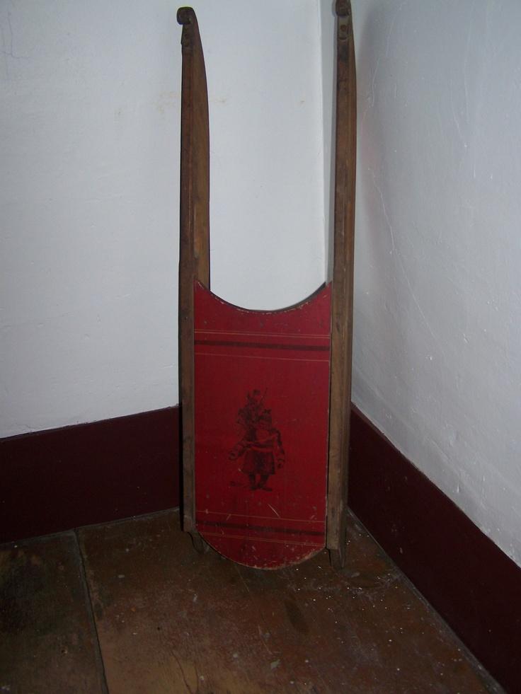 SANTA SLED 19TH CENTURY