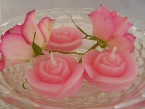 10 Pink Floating Rose Candles