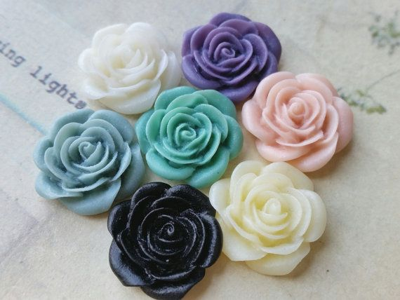 14 Pieces ( 7 Pairs)  of  21 mm Purple Color Peony Flower Cabochons (.am) (zzb)