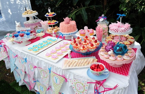 Show us your party - Isobel's Wonderland birthday - Sweets table -http://babyology.com.au/parties/show-us-your-party-isobels-wonderland-birthday.html
