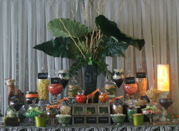 It's a jungle candy buffet out there! Ooh La La Lolly Bars & Candy Buffets - did it again. A fabulous candy buffet held in Sydney.
