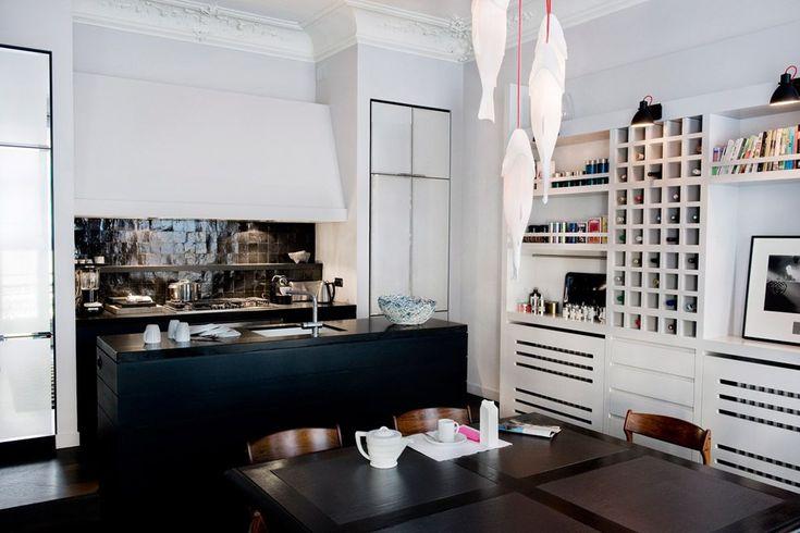 Della serie case belle, un altro appartamento Haussmaniano firmato questa volta dal duo Double G ovvero Flora de Gastines e Anne Geistdoerfer