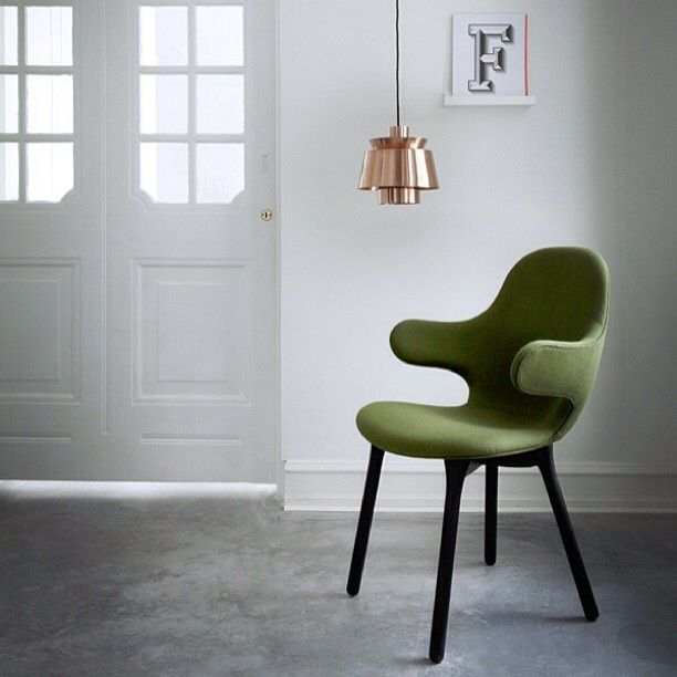 Waanzinnig ontwerp van Jaime Hayón. Catch Chair door &Tradition bij Loft76