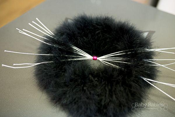 Simple black cat wreath