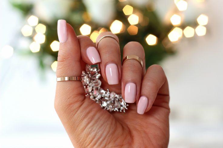 Bridal+manicure_bridal+nails_slubny+manicure_lakier+na+slub_delikatny+roz+na+paznokciach_mleczny+roz_nude+pink+manicure_jasny+roz+lakier+do+paznokci_pastelowy+roz+lakier+hybrydowy+(4).png 800×533 pikseli