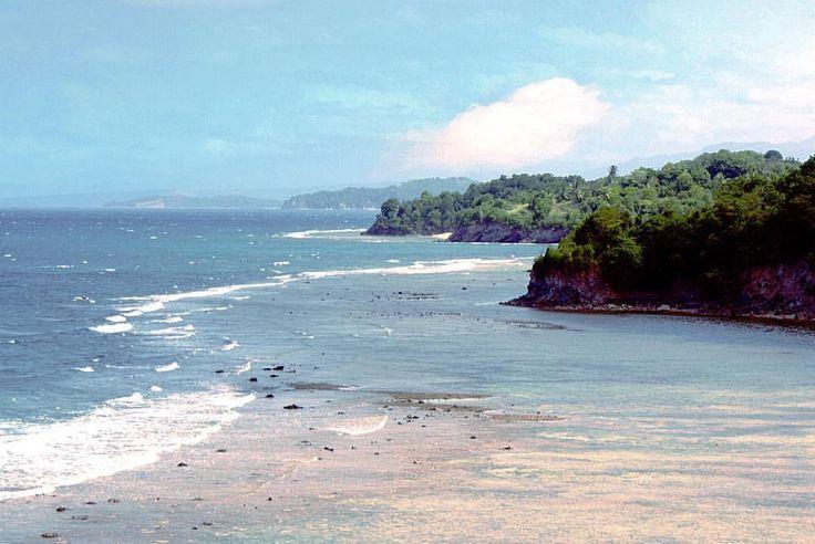 #nature #landscape #sea #island #beach #dragonisland #lakban #ratatotok #northsulawesi #procamapp #maxcurve #iphoneography