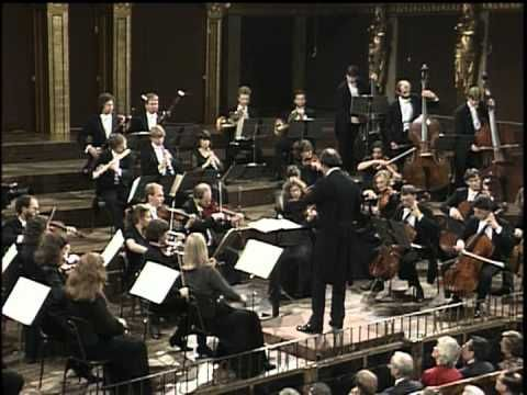 "W. A. Mozart - Symphony No. 41 ""Jupiter"" in C major (Harnoncourt)"