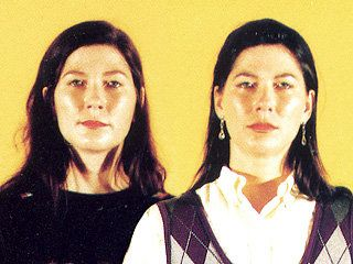 Kelley (L) and Kim Deal of The Breeders