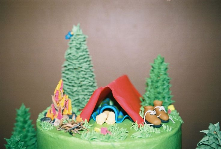 how to make a tent out of fondant