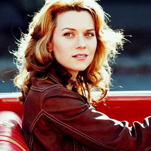 We should talk about how much I love Peyton Sawyer. She's probably my all time favorite female character.